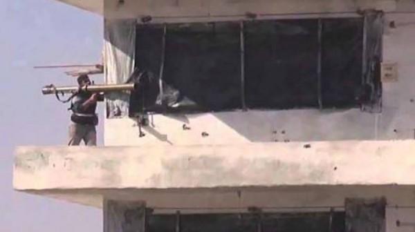 محدّث..اختطاف جنود ومدرعات مصرية..أكثر من 64 قتيل و 100 جريح بأوسع هجوم بسيناء.. الاشتباكات مستمرة