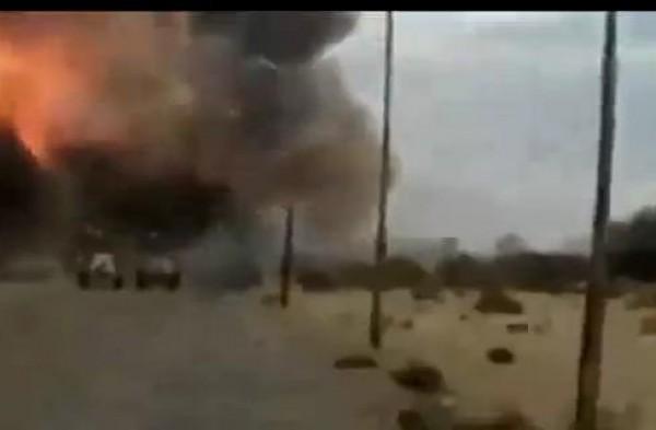 شاهد.. فيديو تفجير سيارة انتحارية بكمين للجيش المصري قبل قليل