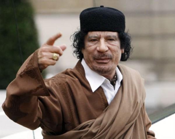 مسيرات مؤيدة للقذافي في مدينة براك الشاطي جنوب ليبيا