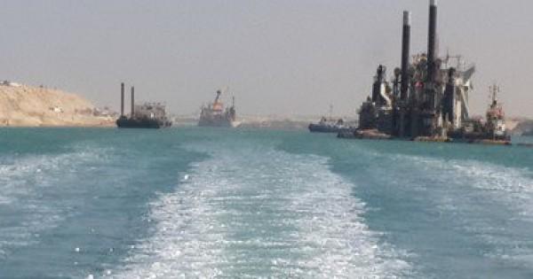 الرئيس عباس يشارك في افتتاح قناة السويس
