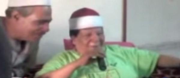 بالفيديو شعبان عبد الرحيم يستهزئ بالقرآن
