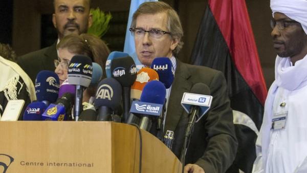 فجر ليبيا تؤيد حكومة الوفاق وقادتها يجتمعون مع ليون