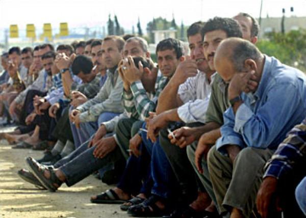 اتحاد العمال الفلسطينيين يطالب المجتمع الدولي بإيقاف الحملة التي تنفذها إسرائيل بحقهم
