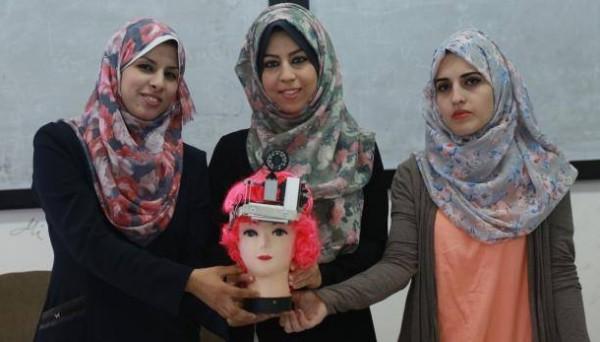 """""""عين المحاضر"""" ..ابتكار يحل مشكلة تكدس الطلاب في الجامعات ابتكرته مجموعة من الفتيات"""