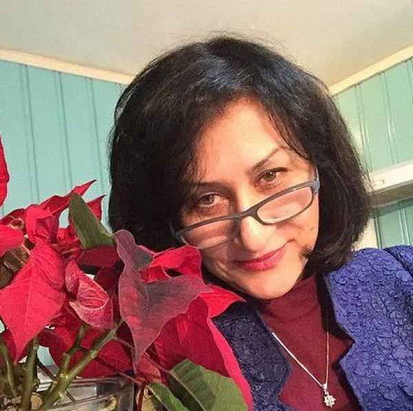 عضوة رفيعة في المجلس المركزي لمنظمة مجاهدي خلق تعلن عن انشقاقها