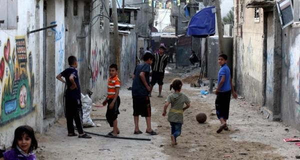 عدد سكان قطاع غزة قارب الـ 2 مليون