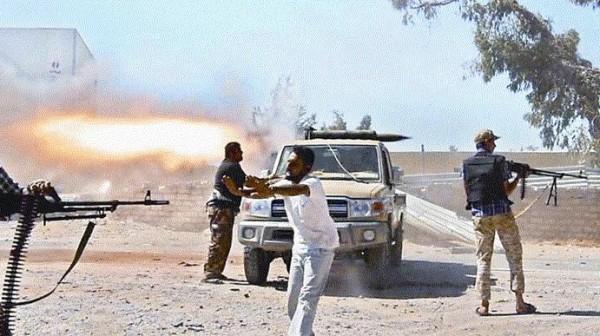 مقتل 12 شخصًا في اشتباكات عنيفة بمدينة بنغازي شرق ليبيا