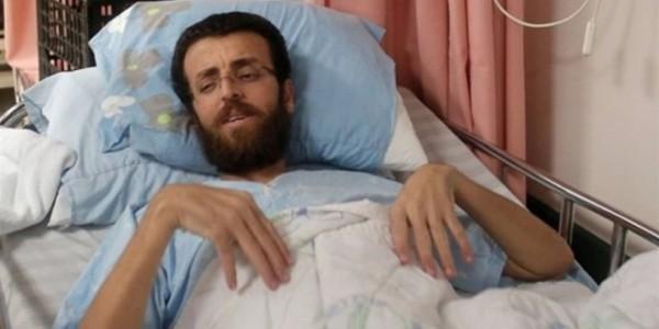 هأرتس: اثنان من اسرى حماس يزوران القيق تحت حراسة مشددة