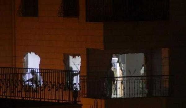 الاحتلال يهدم منزل عائلة الشهيد سكافي في الخليل