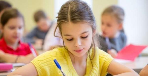 ما العمر المناسب لدخول الطفل المدرسة ولماذا؟