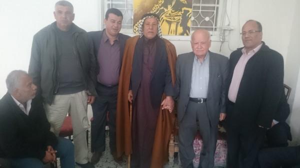 كوادر و أعضاء حركة فتح برفح تزور الآغا و تجدد العهد