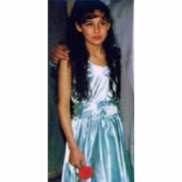 هذه الطفلة من أجمل ممثلات سوريا الآن تعرف عليها