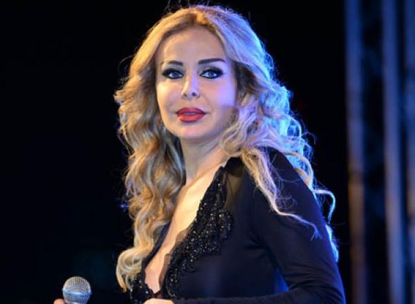 صور وفيديو رولا سعد موديل في كليبين لصابر الرباعي قبل الشهرة