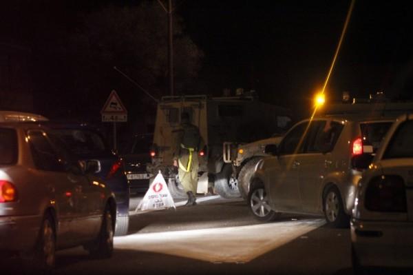 تعرض سيارتين إسرائيليتين لإطلاق النار 9998737311.jpg