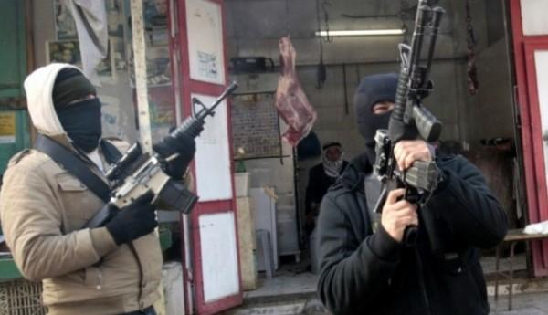 مسلحون يهاجمون مركز شرطة اليامون بجنين