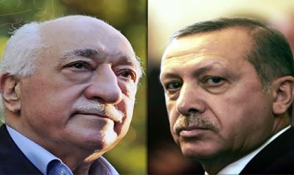 """من هو الداعية الإسلامي""""فتح الله غولان"""" الذي اتهمه أردوغان بمحاولة الانقلاب .. وكيف تحولّت الصداقة بينهما إلى عداء ؟"""