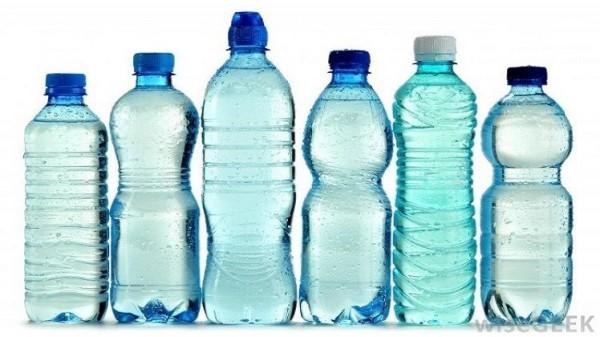 جراثيم القوارير البلاستيكية أكثر منها 9998757453.jpg