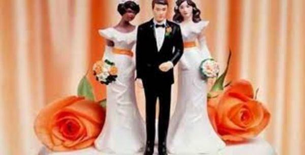 يتزوج فتاتين ليلة واحدة ويطلق