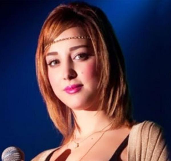 بالفيديو زوجة تامر حسني ترقص وتغني