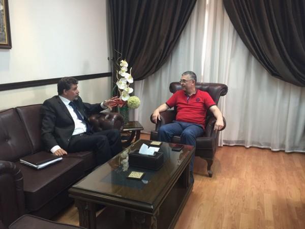 عبد الهادي يبحث مع وزير شؤون المصالحة السوري ملف عودة الأهالي إلى سبينة وانسحاب المسلحين من مخيم اليرموك