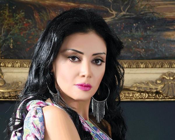لن تصدق أنها رانيا يوسف مختلفة تمامًا قبل الشهرة