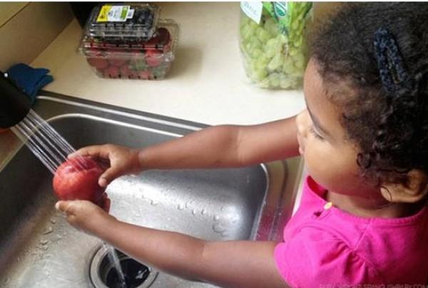 دراسة حديثة : الأطفال الذين يتناولون الطعام الصحي أفضل في مهارات القراءة