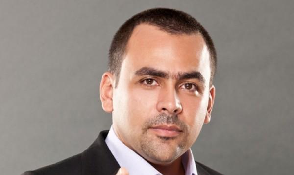"""فيديو.. """"يوسف الحسيني"""" يهاجم صلاة الجماعة بالمدارس"""