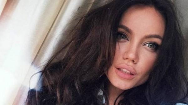 بالصور النسخة الروسية من أنجلينا جولي دون أي عمليات تجميل