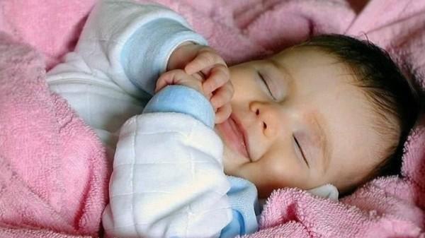 الأم يطيل الطفل 9998772369.jpg