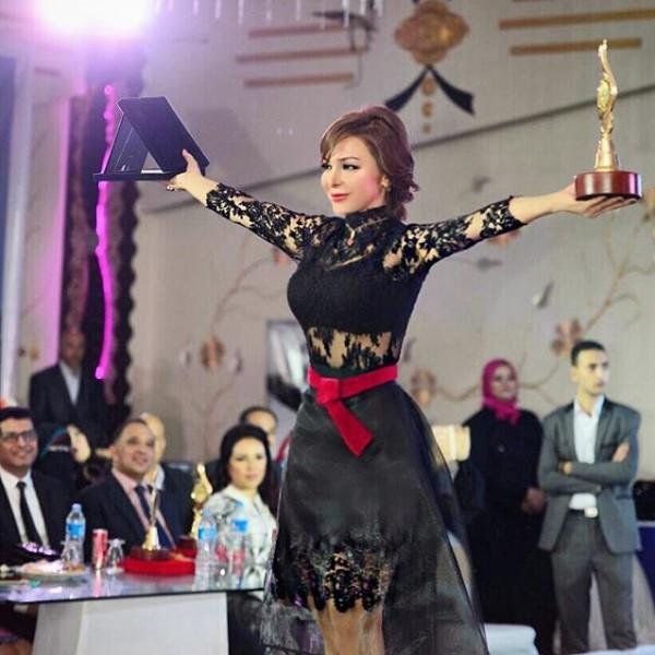 سوزان نجم الدين تتعرّض لموقف محرج أثناء تكريمها في مصر