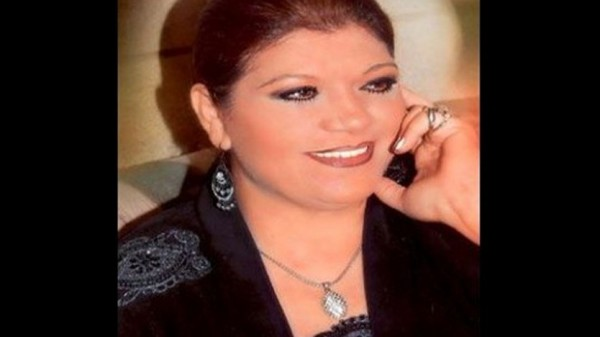 وفاة الفنانة منى مرعشلي عن عمر يناهز الـ 58 عاماً