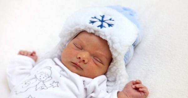 اليك ...5 فوائد للرضاعة الليلية لطفلكِ الصغير