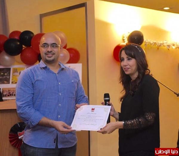 نادي الكتاب المصري بالإمارات يُكرم الكاتب شريف عرفة
