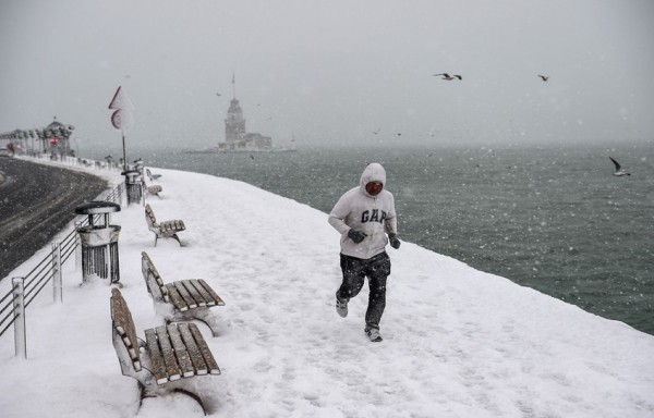الثلوج تغطي اسطنبول 9998791051