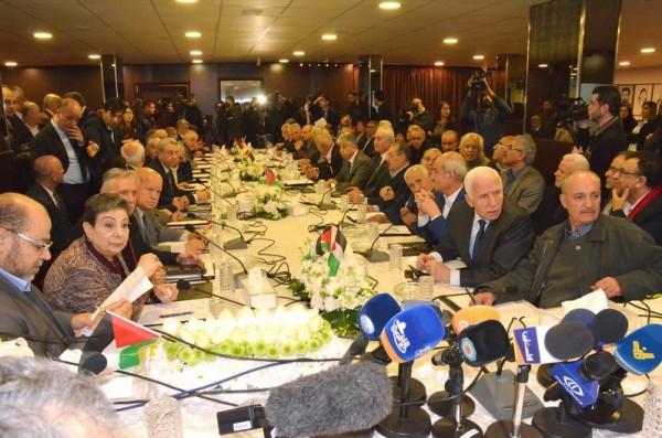 """أجواء إيجابية في جلسة التحضيري للوطني واتفاق لتفعيل مؤسسات """"منظمة التحرير الفلسطينية"""""""