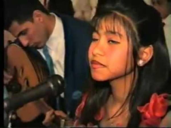 فيديو نادر لشيرين عبد الوهاب قبل 20 عام
