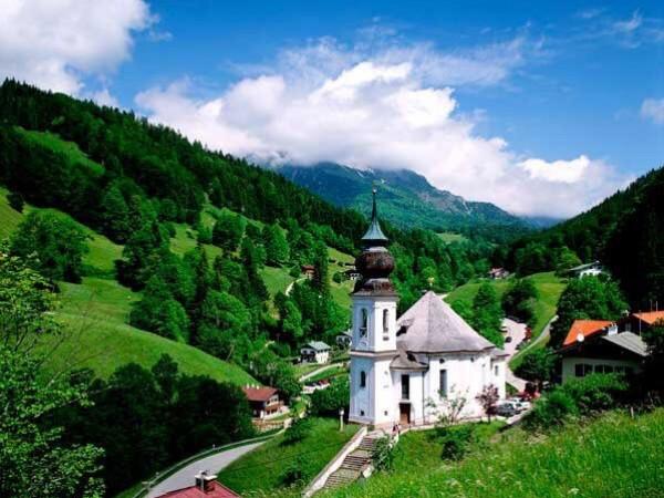الطبيعة الخلابة في الريف الألماني 9998792425