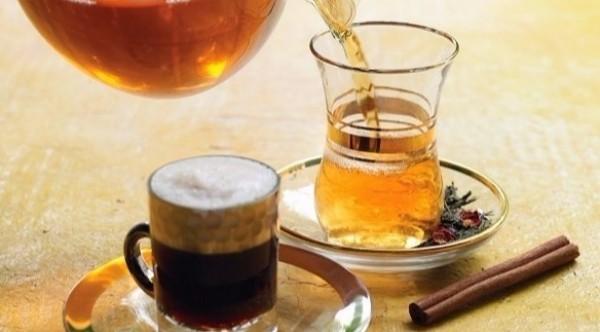 القهوة والشاي يطيلان العمر 9998793076.jpg