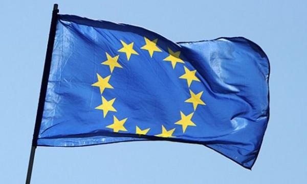 دبلوماسي: المطلوب من أوروبا تقويض مركزية السلطة في ليبيا