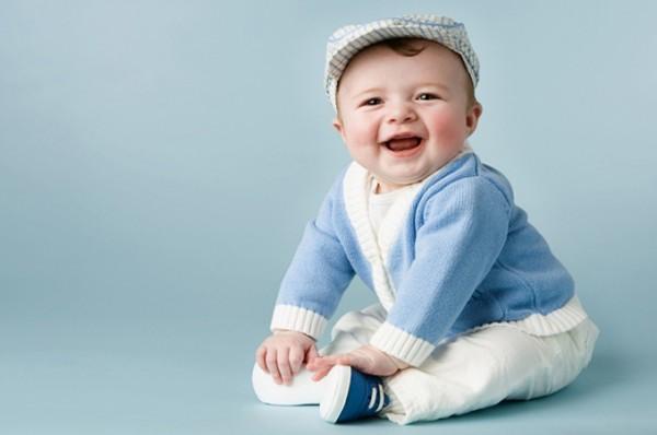 بماذا يحلم الطفل في بطن أمه ؟