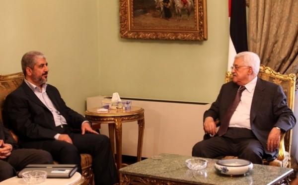 """حماس: نحمل السلطة مسؤولية تعطيل الانتخابات.. وفتح: حماس تصر على """"الكذب"""""""