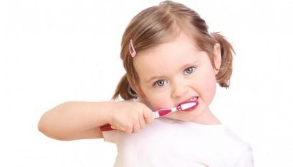 نصائح لأسنان صحية لطفلك