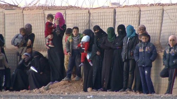 Syrian refugees trapped in Jordan's Rukban camp