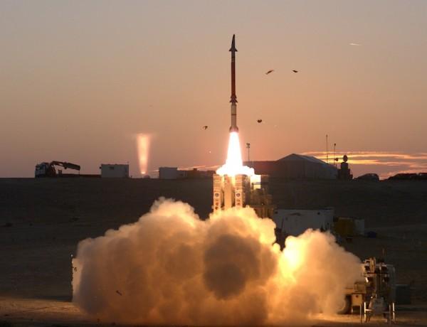 """بالفيديو: منظومة """"العصا السحرية"""" تدخل الخدمة بالجيش الإسرائيلي"""