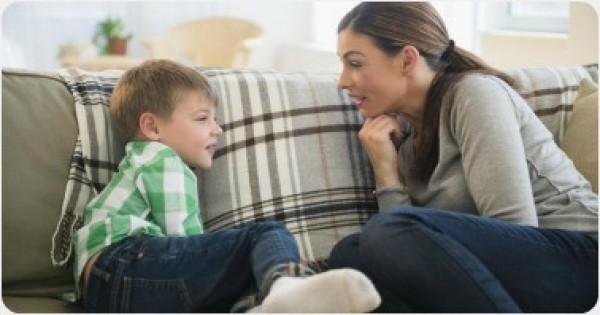 طفلك لا يفهم عليك.. اليك السبب