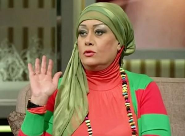 هالة فاخر تتخلى عن حجابها