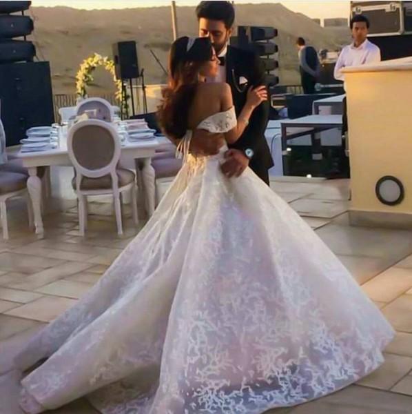 كارمن سليمان كالأميرات في حفل زفافها