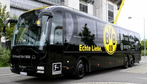 3 تفجيرات قرب حافلة تقل لاعبي فريق بوروسيا دورتموند الألماني