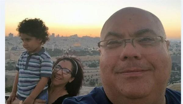 بريطاني من أصل فلسطيني يطالب لندن بمنع الإسرائيليين دخول أراضيها