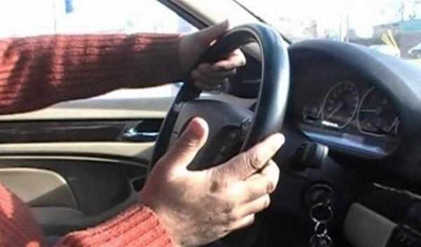 في أميون.. أصدر أصواتا مزعجة بسيارته فقتلوه!